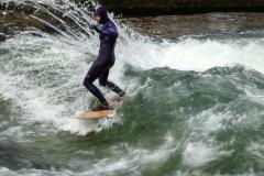 Surferwelle - Tollkühne. Foto Hannelore Pierer