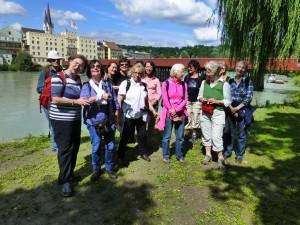 Wandergruppe in Wasserburg am Inn
