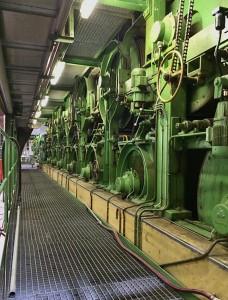 Maschinen in der Büttenpapierfabrik Gmund