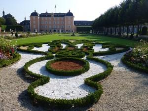 Schloss Schwetzingen und der prächtige, im 18. Jahrhundert angelegte Schlosspark