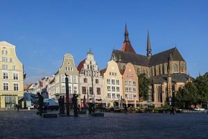 Neuer Markt in Rostock mit St. Marienkirche