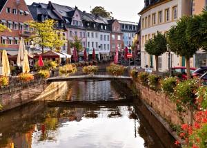 Saarburg mit dem Leukbach und Buttermarkt